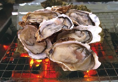 昭和記念公園で牡蠣食べ放題、3月30日まで「かき小屋」がオープン。