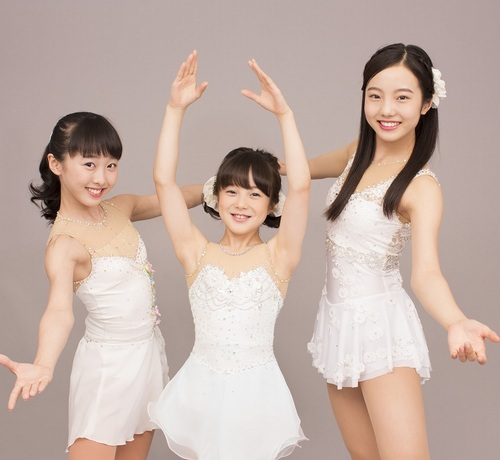 本田真凜・望結・紗来、3姉妹そろった初CM