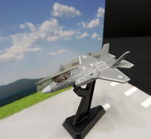 トミカプレミアムに初の戦闘機、「F-35A」登場