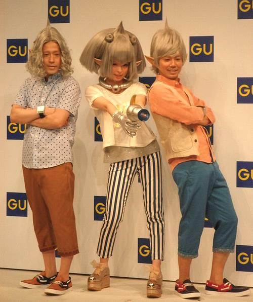 そこでこれまでのきゃりーの\u201cファッションモンスター\u201dに続き、\u201cファッションインベーダー\u201dが登場。ファッションで世界をハッピーに征服するべく、ピースは男性として初